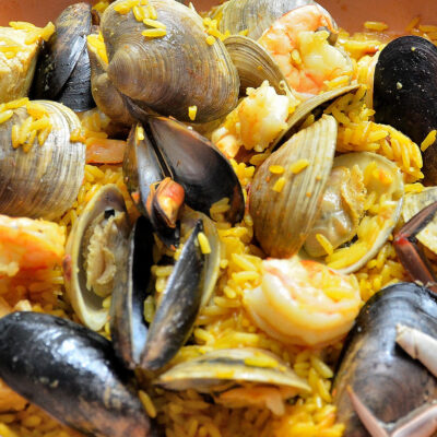 Taditional rice with potatoes and mussels