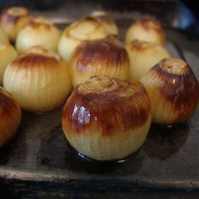 Roasted Onions with Gorgonzola Crumble